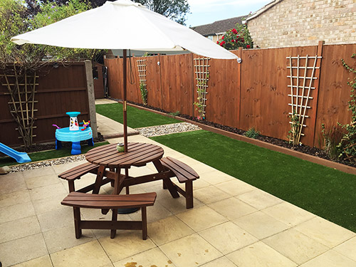 cambridgeshire-grass-installation-feature
