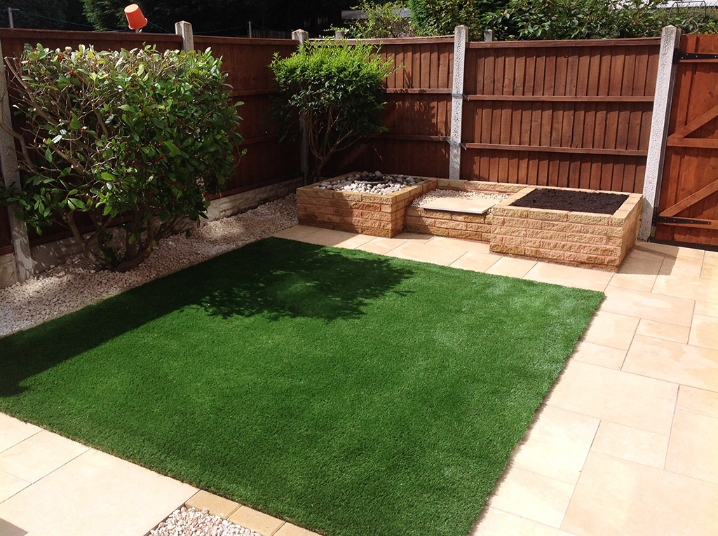 Green Room Landscapes, Warwickshire | Artificial Grass ...
