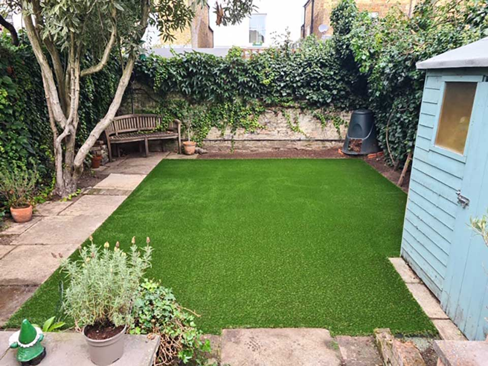 artificial grass was installed by Saffa Landscapes South West London
